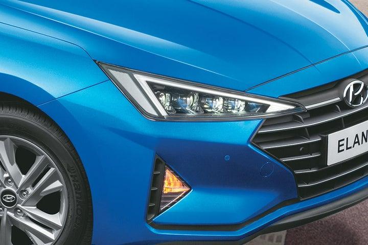 Hyundai Elantra - exterior