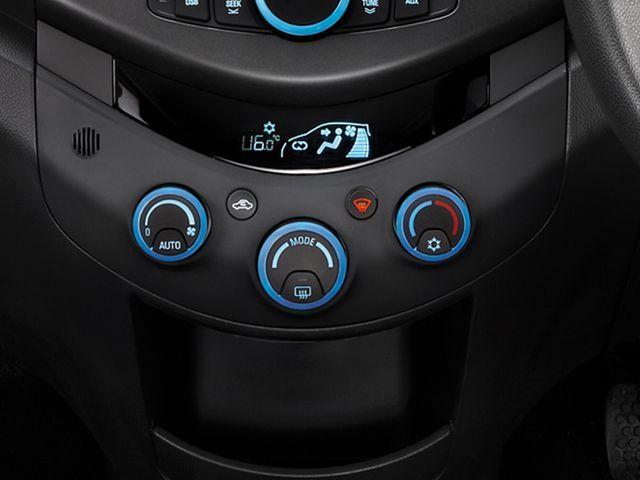 Chevrolet Beat - interior