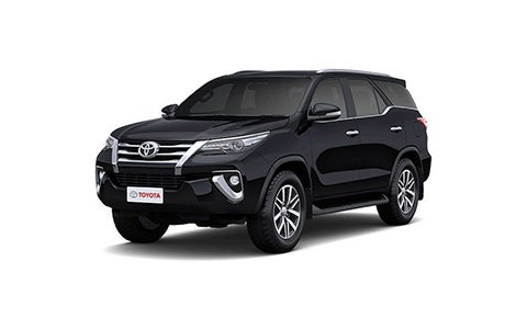 Toyota Fortuner - Front Side