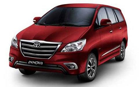 Toyota Innova - Front Side