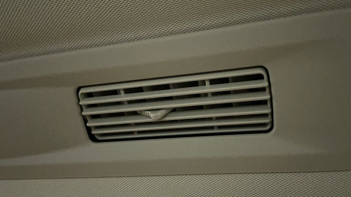 Nissan Patrol-Rear AC Vents