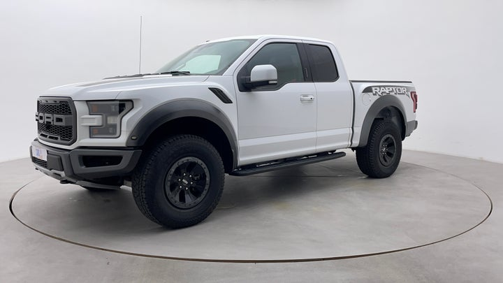 Ford F 150 RAPTOR-Left Front Diagonal (45- Degree) View