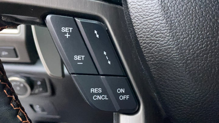 Ford F 150 RAPTOR-Cruise Control