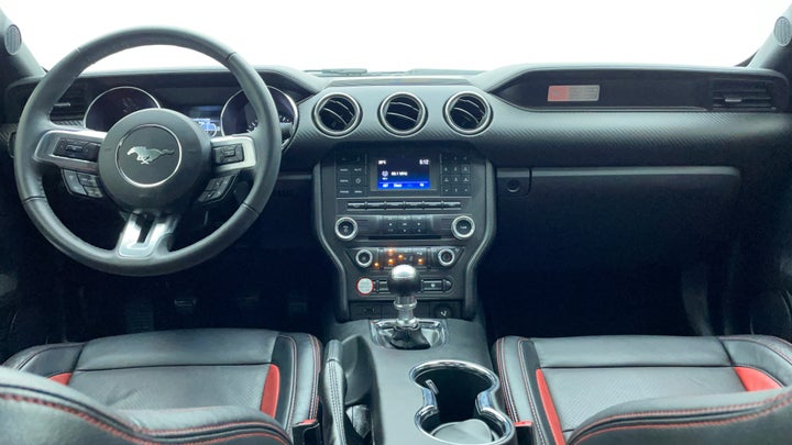 Ford Mustang-Dashboard View