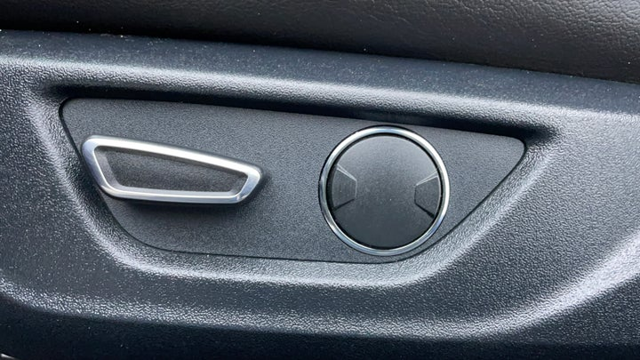 Ford Mustang-Driver Side Adjustment Panel