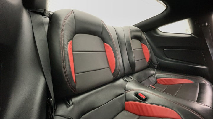 Ford Mustang-Right Side Door Cabin View