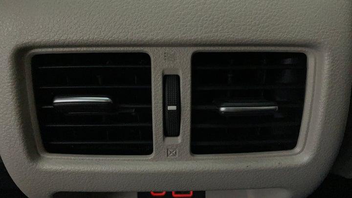 Nissan Altima-Rear AC Vents