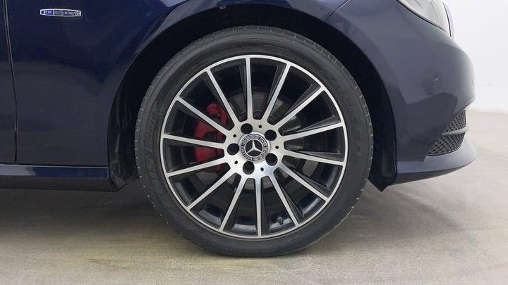 Mercedes Benz E-Class-Right Front Tyre