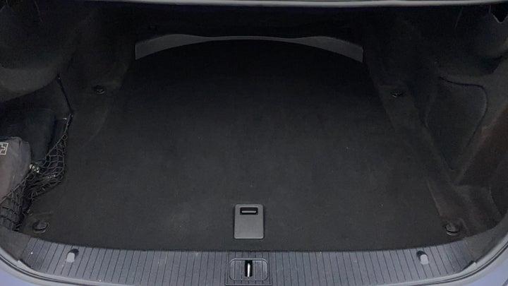 Mercedes Benz E-Class-Boot Inside View