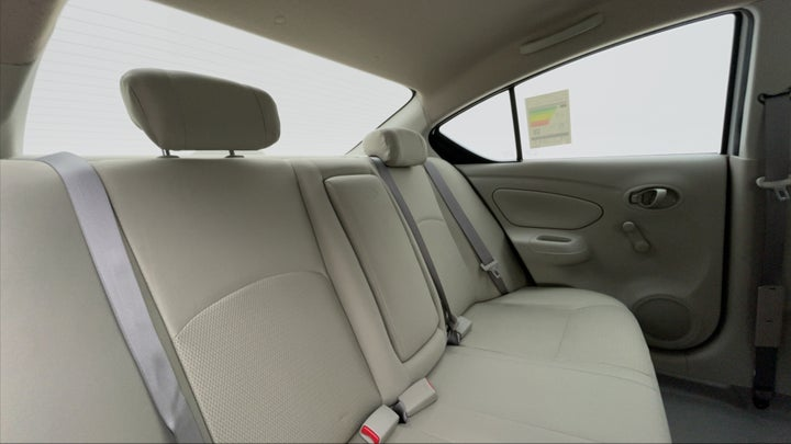 Nissan Sunny-Right Side Door Cabin View