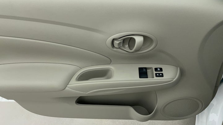 Nissan Sunny-Driver Side Door Panels Controls