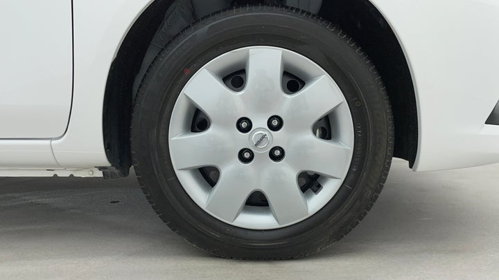 Nissan Sunny-Right Front Tyre