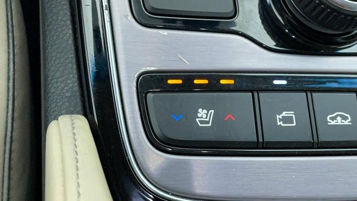 Hyundai Centennial-Heated Seats