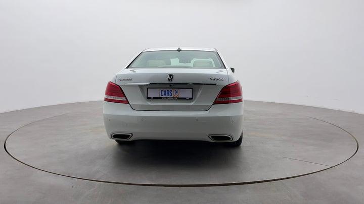 Hyundai Centennial-Back/Rear View