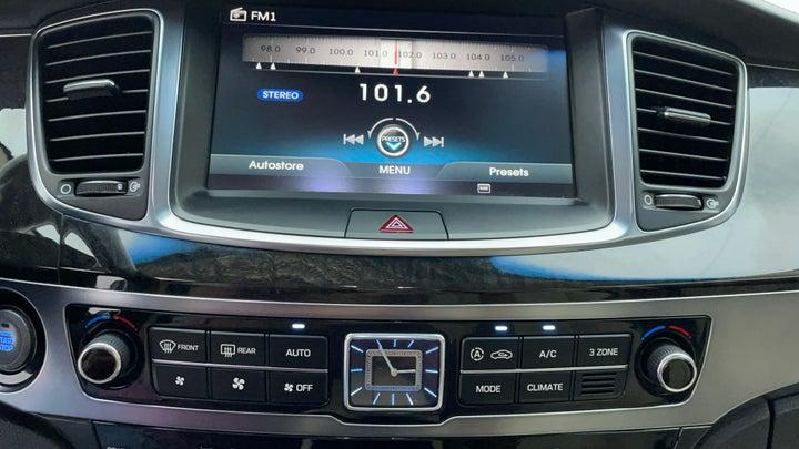 Hyundai Centennial-Infotainment System