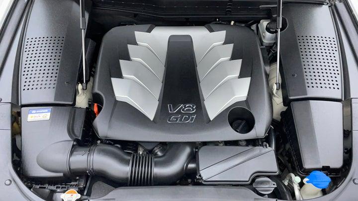 Hyundai Centennial-Engine Bonet View