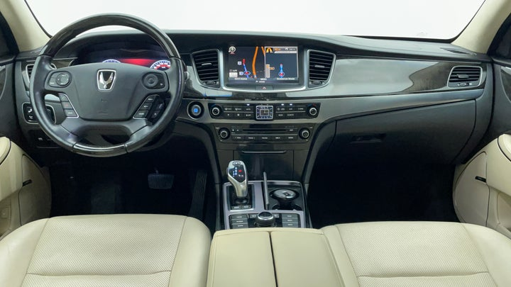 Hyundai Centennial-Dashboard View