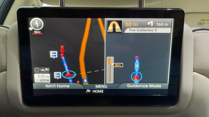 Hyundai Centennial-Display Screen For Rear Passengers