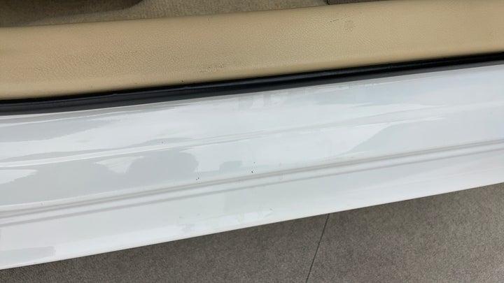 Toyota Yaris-Running Board  RHS Running Board  Minor Scratches