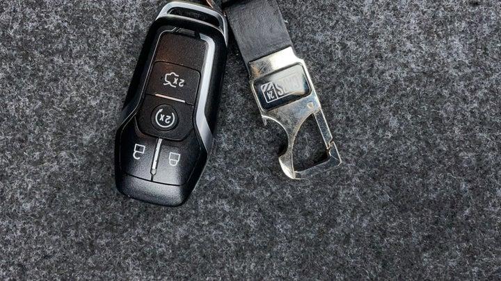Ford Mustang-Key Close-up
