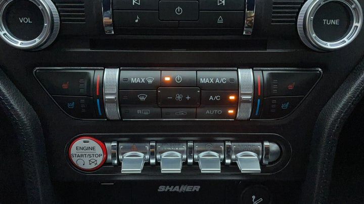 Ford Mustang-Automatic Climate Control