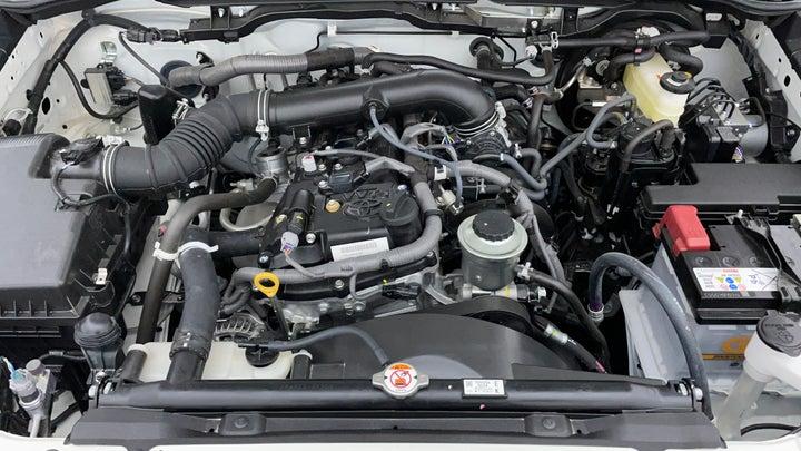 Toyota Fortuner-Engine Bonet View