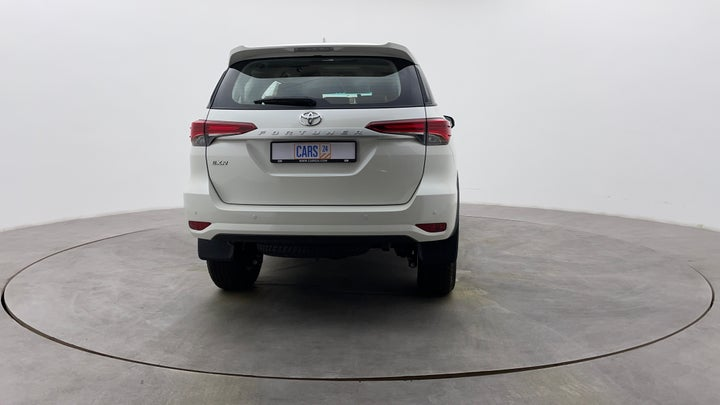Toyota Fortuner-Back/Rear View