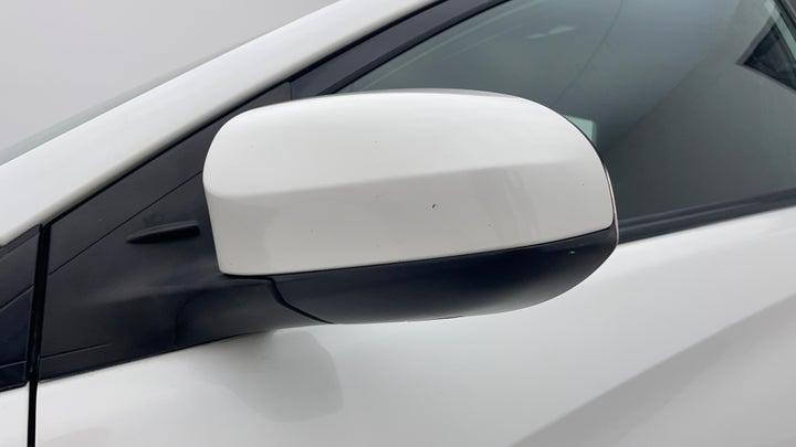 Toyota Yaris-ORVM Mirror  RHS ORVM Mirror  Scratched