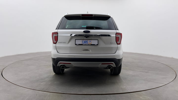 Ford Explorer-Back/Rear View