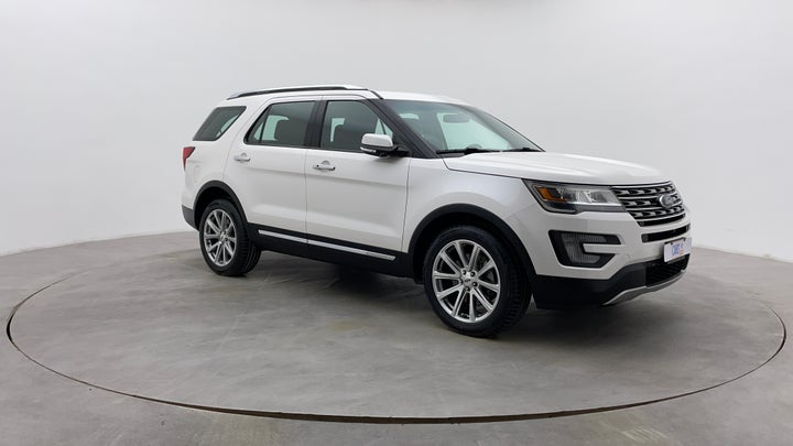 Ford Explorer-Right Front Diagonal (45- Degree) View