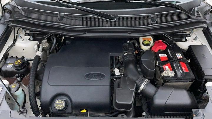 Ford Explorer-Engine Bonet View