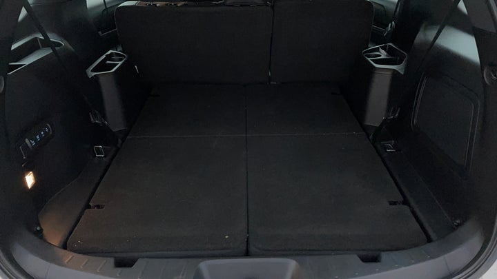 Ford Explorer-Boot Inside View