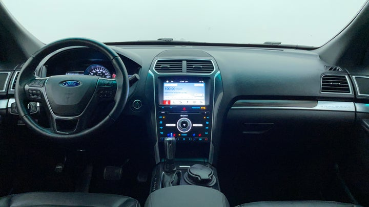 Ford Explorer-Dashboard View