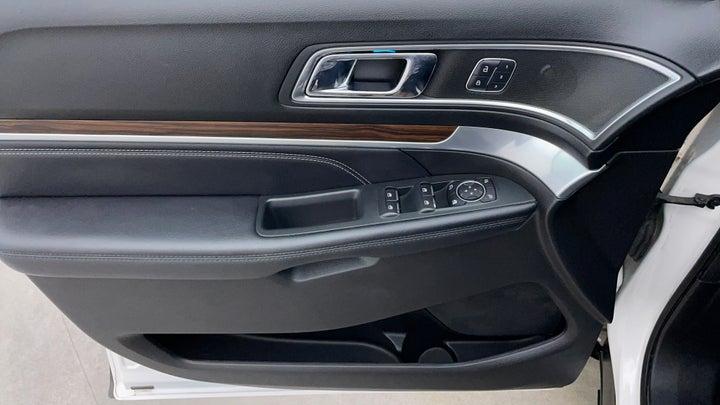 Ford Explorer-Driver Side Door Panels Controls