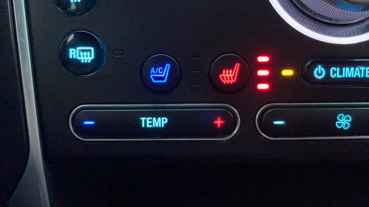 Ford Explorer-Heated Seats