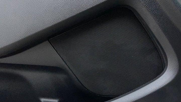 Ford Explorer-Speakers