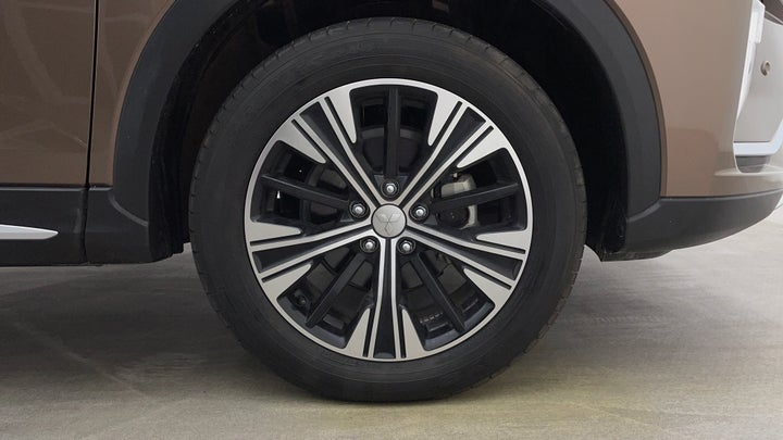Mitsubishi Eclipse Cross-Right Front Tyre