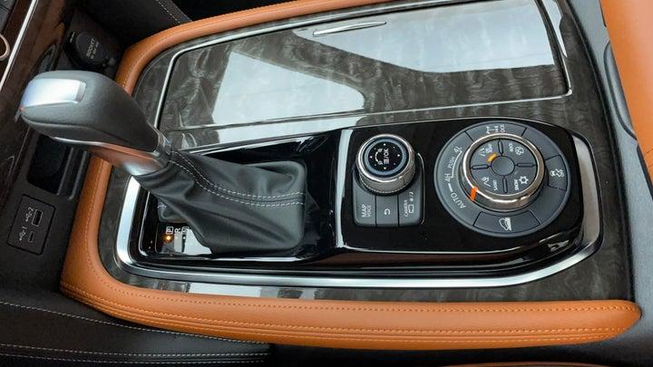 Nissan Patrol-Gear Lever