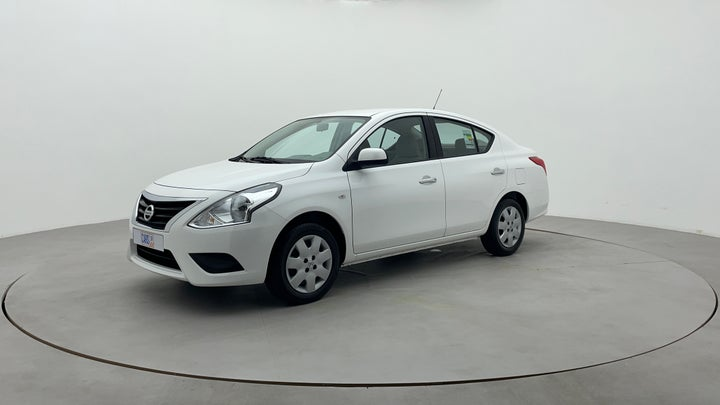 Nissan Sunny-Left Front Diagonal (45- Degree) View