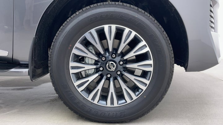 Nissan Patrol-Right Front Tyre
