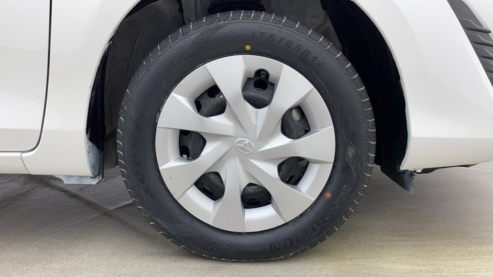 Toyota Yaris-Right Front Tyre