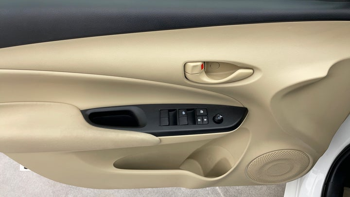 Toyota Yaris-Driver Side Door Panels Controls