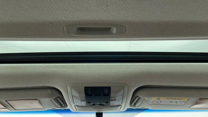 Toyota Land Cruiser Prado-Interior Sunroof/Moonroof