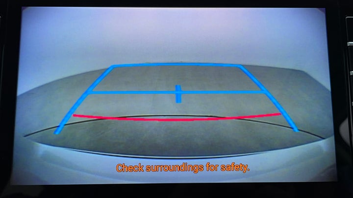 Toyota Land Cruiser Prado-Parking Camera (Rear View)
