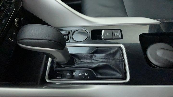 Mitsubishi Eclipse Cross-Gear Lever