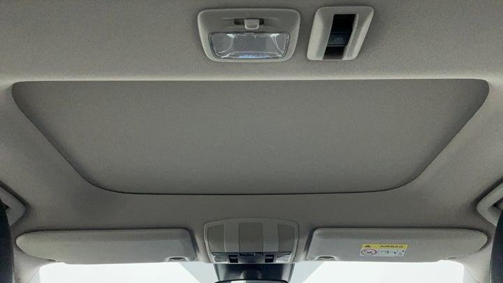 Mitsubishi Eclipse Cross-Interior Sunroof/Moonroof