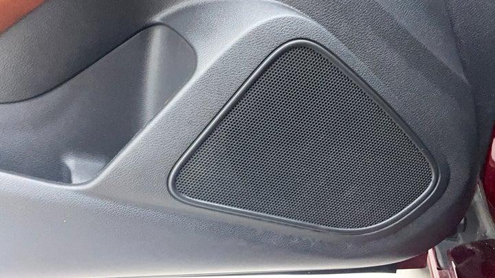Nissan Maxima-Speakers
