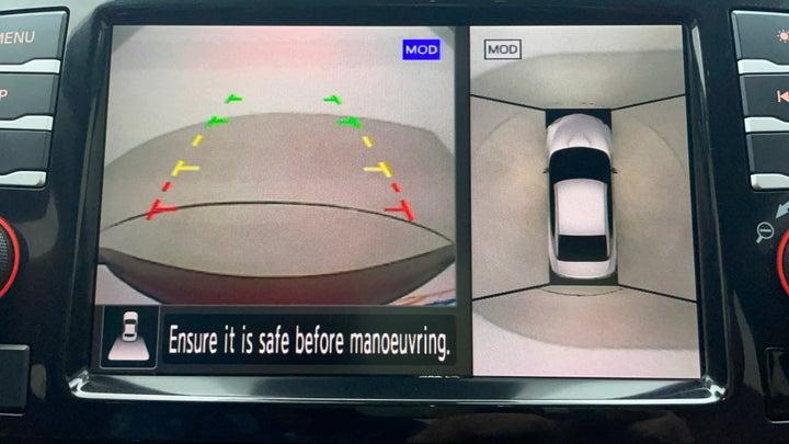 Nissan Maxima-Parking Camera (Rear View)