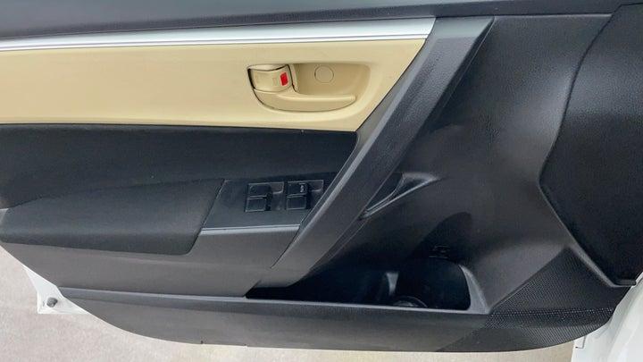 Toyota Corolla-Driver Side Door Panels Controls