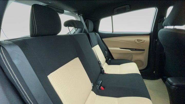 Toyota Yaris-Right Side Door Cabin View